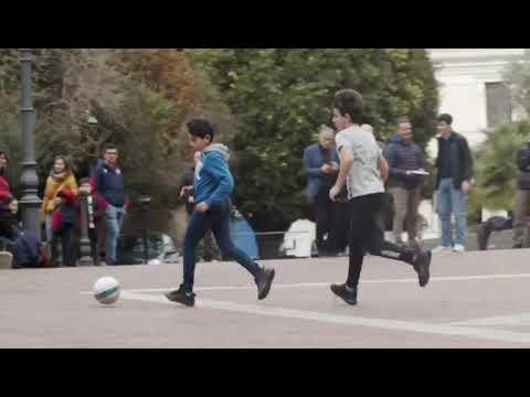 Riscopriamo il calcio da strada con il Road to Sardegna Arena